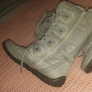 Knock off_ boots